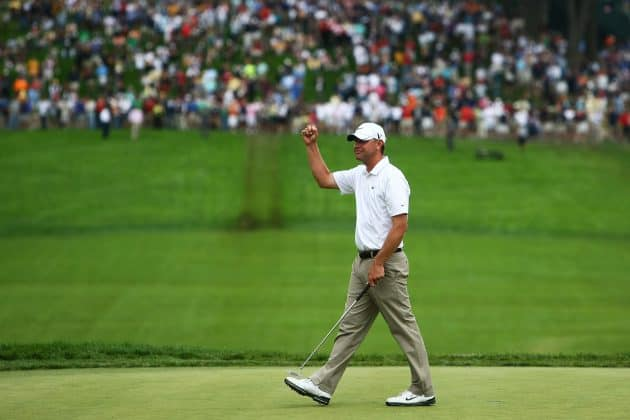 2009 US Open At Bethpage Black Lucas Glover fist pump after victory